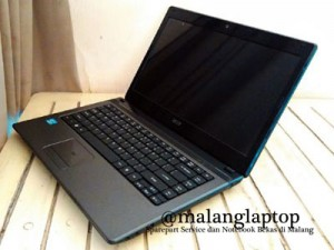Laptop Acer 4755